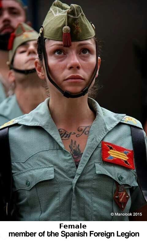 25 Hottest Military Uniforms Ever Spanis16