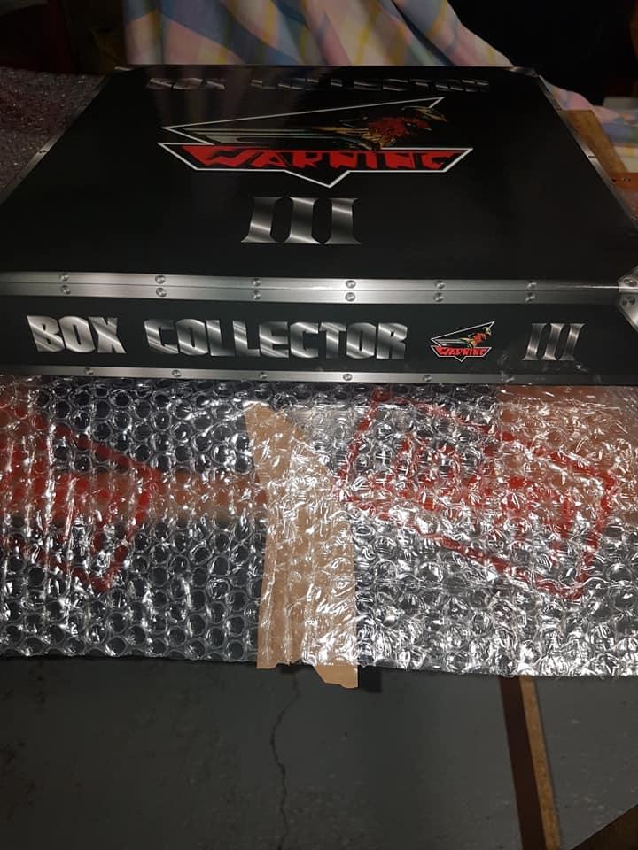 WARNING III BOX COLLECTOR - Edtion très limitée à 60 exemplaires et numérotée ! 11814510