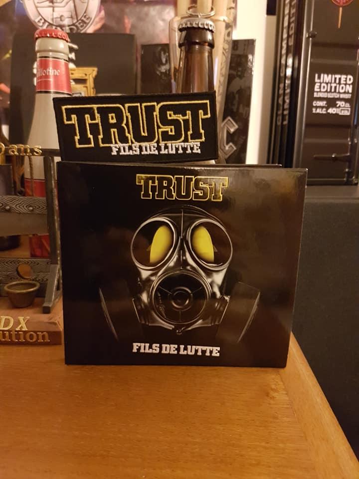 TRUST Fils de lutte (2019)  71401811