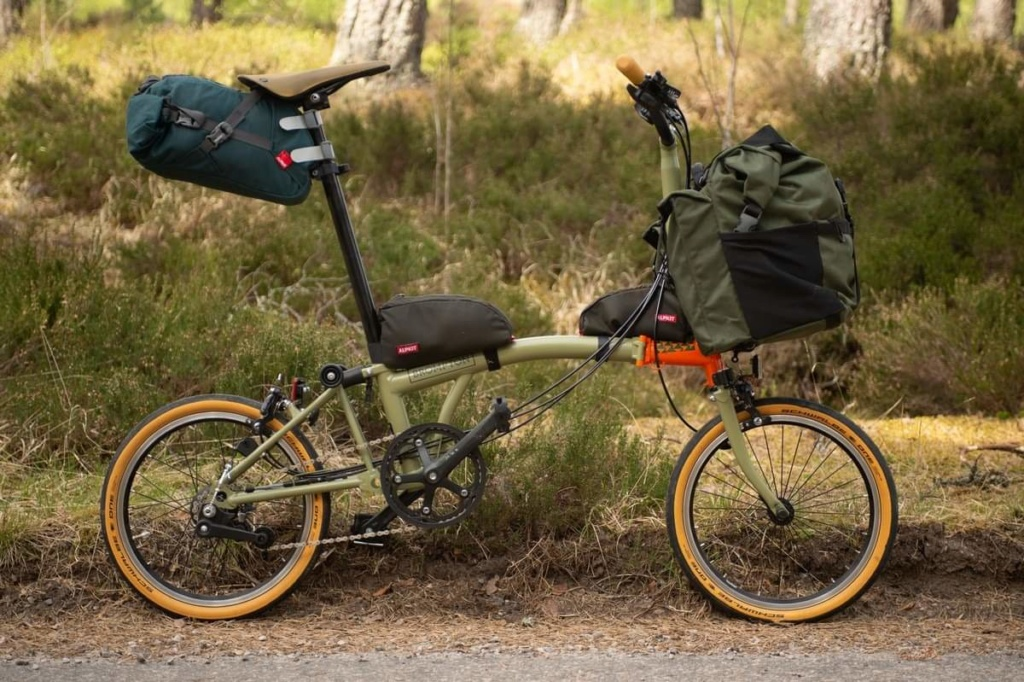Brompton Limited & Special Editions : une petite synthèse - Page 3 Fb_img31