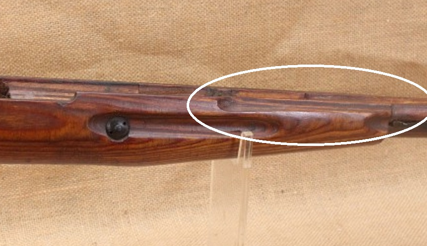 Différence entre une crosse de Moisin M38 d'une M44? Crosse10