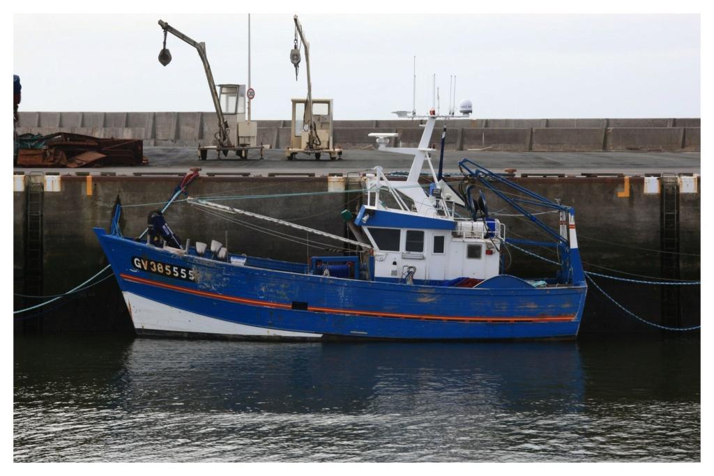 [VIE DES PORTS] Quelques bateaux de pêche (sur nos côtes Françaises) - Page 6 110