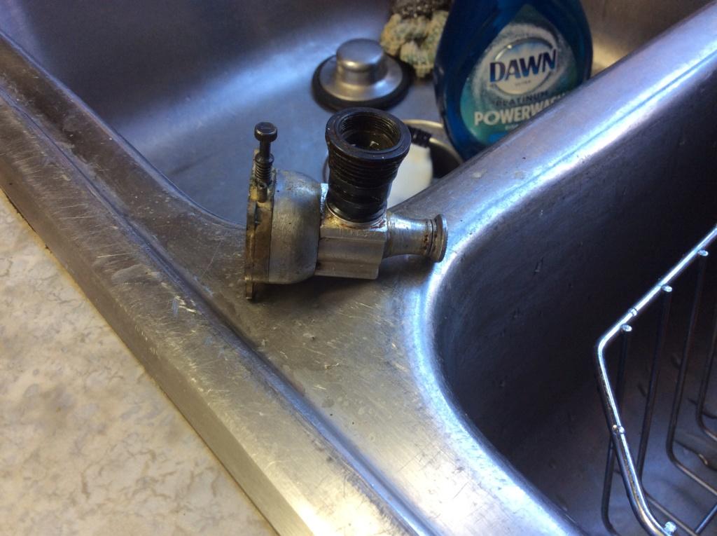 Cleaning Engine with Dawn PowerWash 41df0310