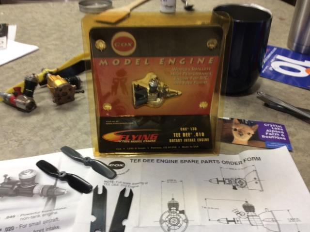 Flying Action Model Engine ! Estes version Dc4b0810