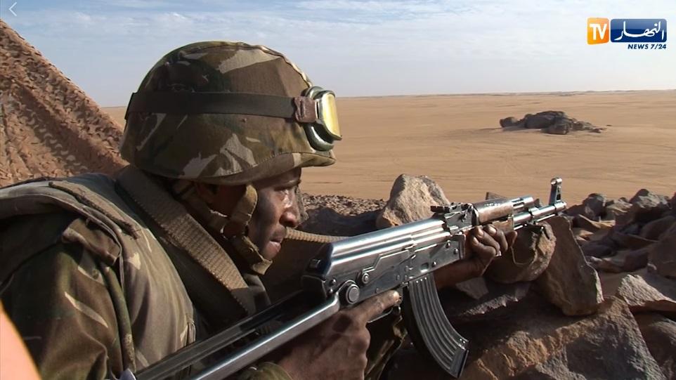 القوات البرية الجزائرية  - صفحة 50 Ouy10