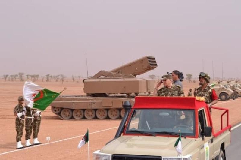 Armée Algérienne (ANP) - Tome XIV - Page 20 Piiupi10