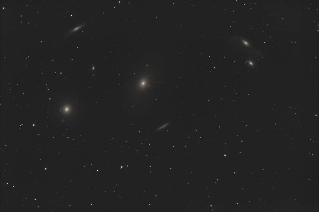 M84 - M86 Chaîne de Markarian Autosa23