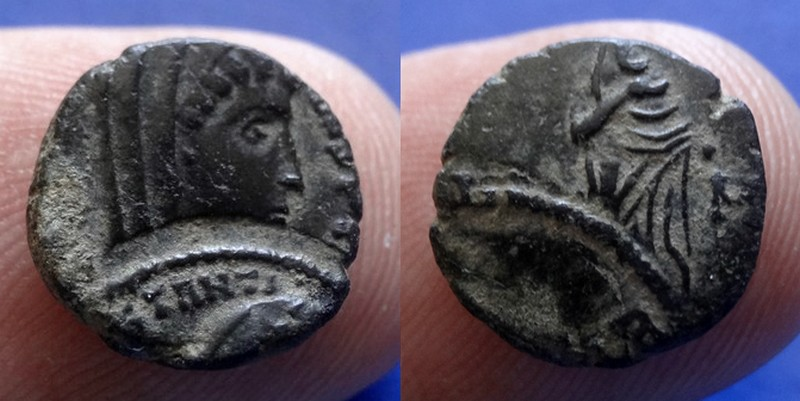 Nummus de Constantin Ier DOUBLE FRAPPE Dsc03413