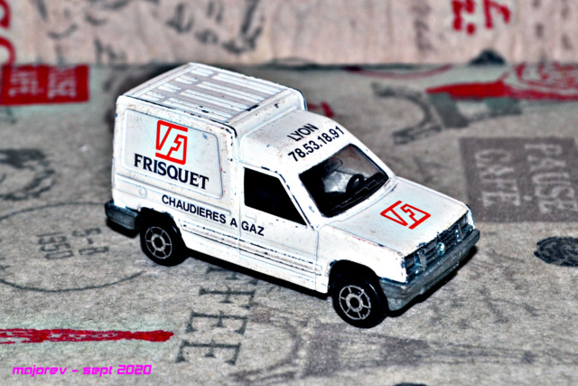 N°233 Renault Express - Page 2 Majore82