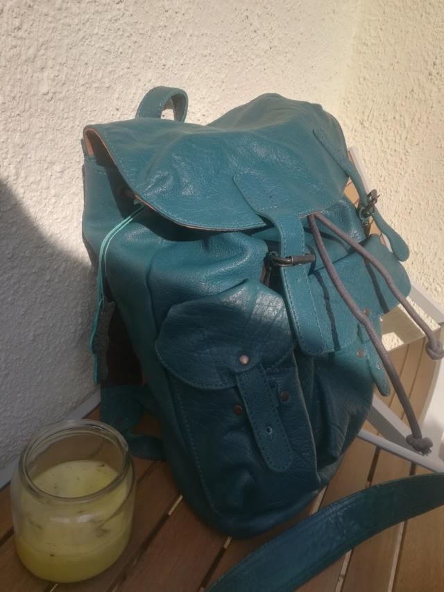 Pour quel sac/cartable/besace/gibecière avez-vous opté pour trimballer votre bazar ? - Page 24 Img_2127