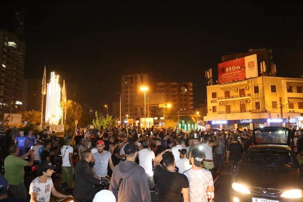 مظاهرات عارمة بساحات لبنان ضد السلطة كلها Fb_im324