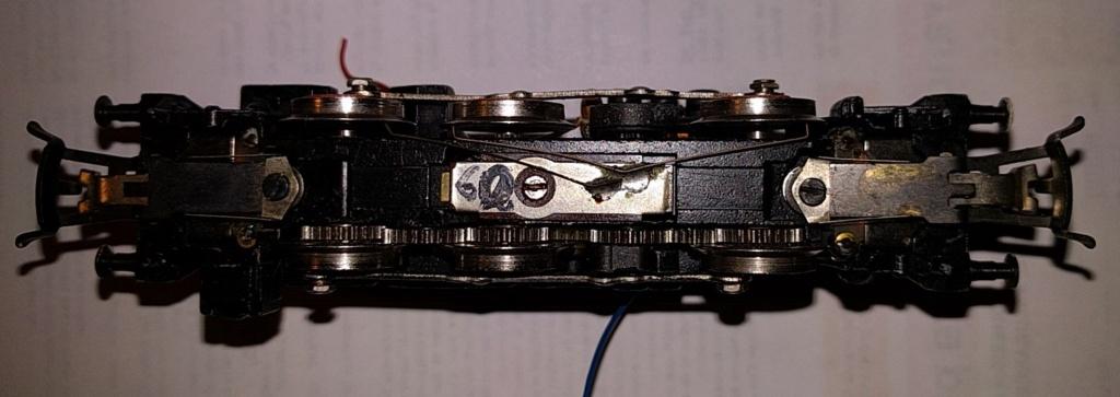 Montage des moteurs hautes performances Märklin sur les BR 78 et dérivées Dessou10