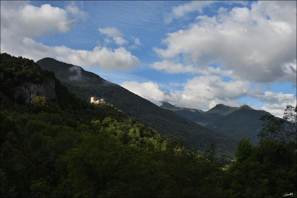 Un rayon de soleil sur le château Lmb_7011