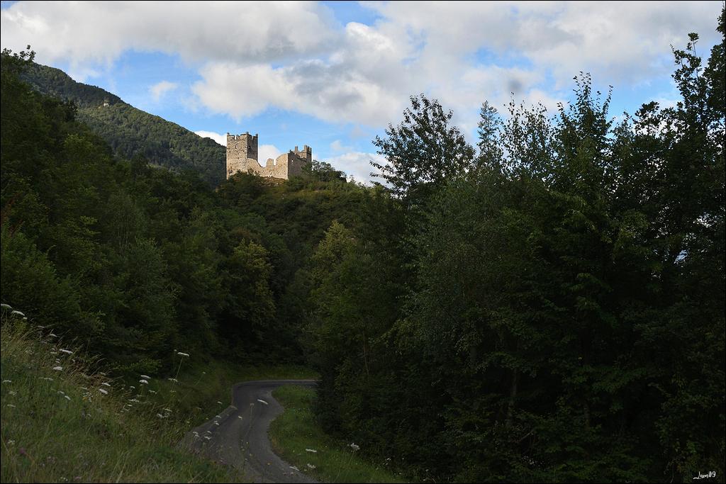 Un rayon de soleil sur le château Lmb_7012