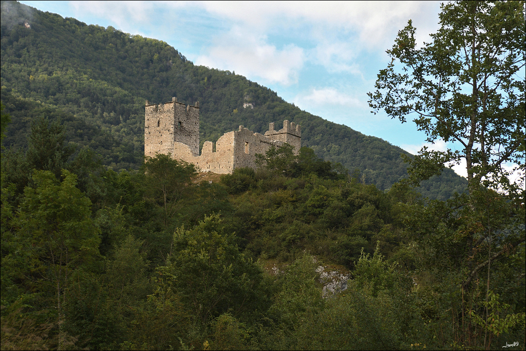 Un rayon de soleil sur le château Lmb_7013