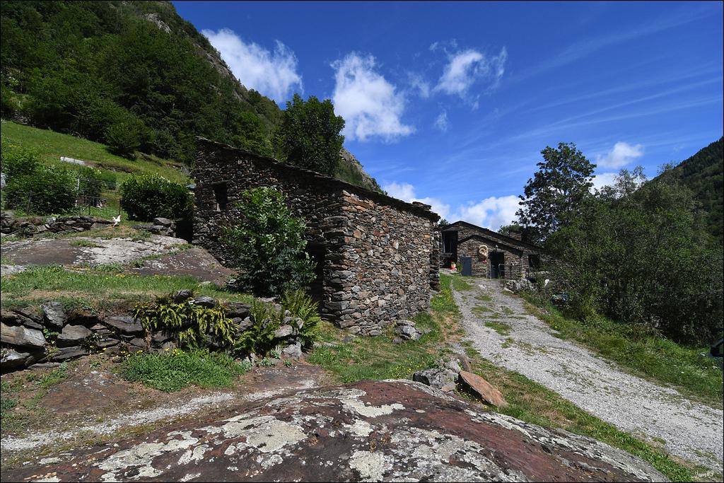 Mounicou, village Ariégeois dans les montagnes d'Auzat Lmb_7112