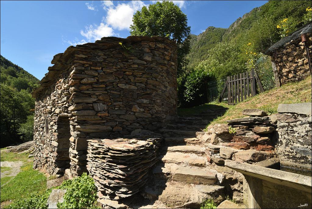 Mounicou, village Ariégeois dans les montagnes d'Auzat Lmb_7115