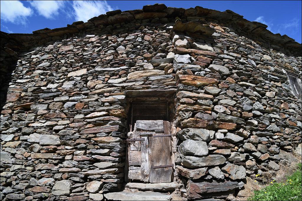 Mounicou, village Ariégeois dans les montagnes d'Auzat Lmb_7116