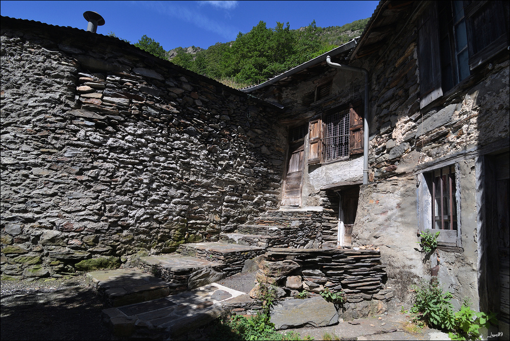 Mounicou, village Ariégeois dans les montagnes d'Auzat Lmb_7119