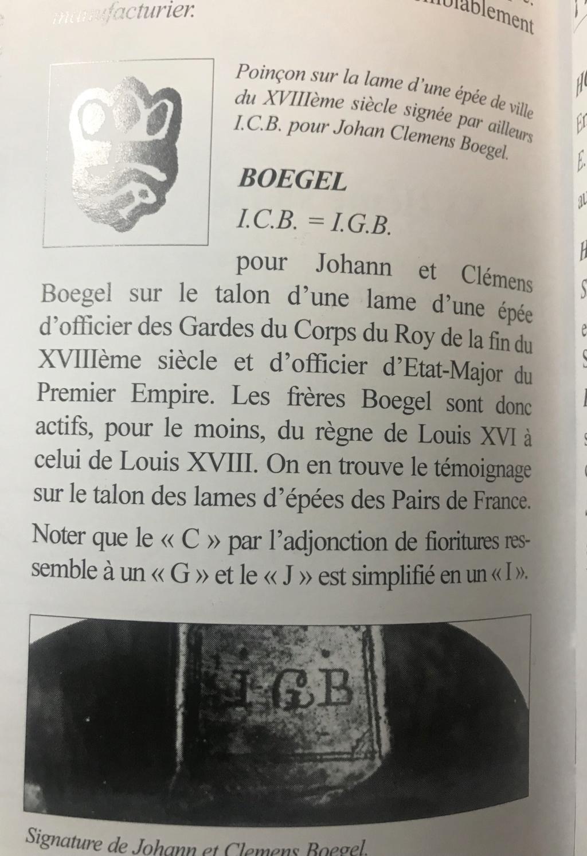 Les sabres d'officier de cavalerie légère à la chasseur - Page 2 Img_1411
