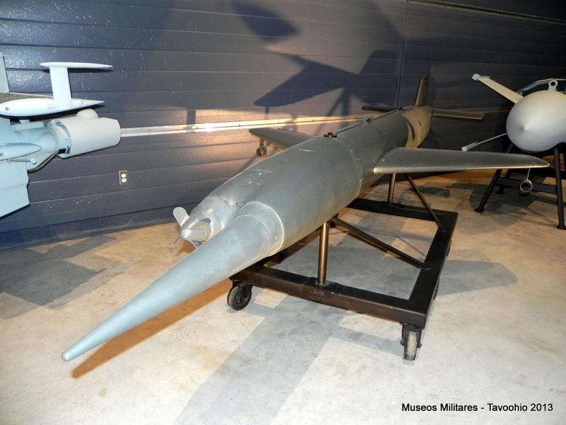 Misil Antiaéreo Henschel Hs 117  1_dscn10
