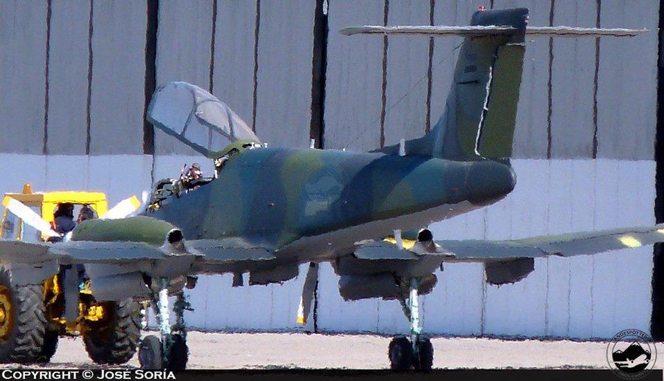 Fotos de la Fuerza Aérea Argentina - Página 3 2cxgfh10