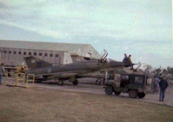 Fotos de la Fuerza Aérea Argentina - Página 3 97080310