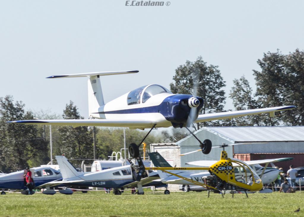 V-King Kingfisher KF2200 -Exclusivo Defensa Nacional y del Mundo- - Página 3 Dsc_0411