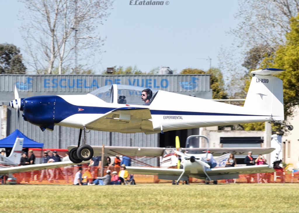 V-King Kingfisher KF2200 -Exclusivo Defensa Nacional y del Mundo- - Página 3 Dsc_0412