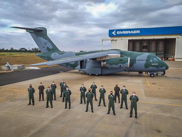 EMBRAER KC-390  - Página 8 I2062710