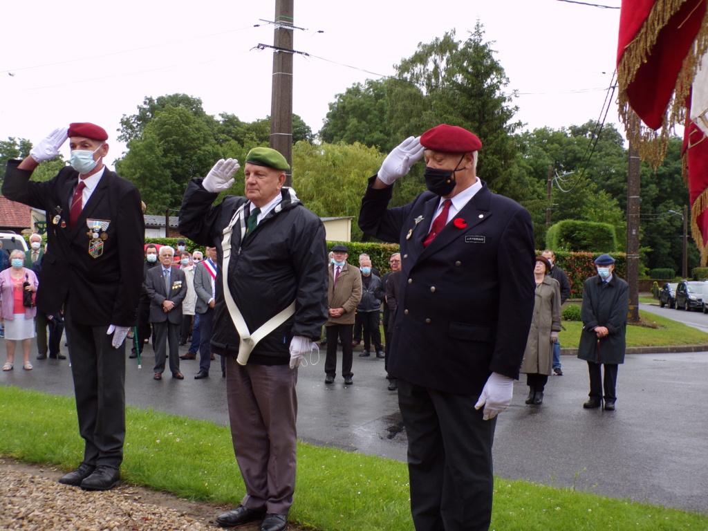 hommage a ALAN SEEGERSet a ses camarades Légionnaires a belloy en santerre 12810