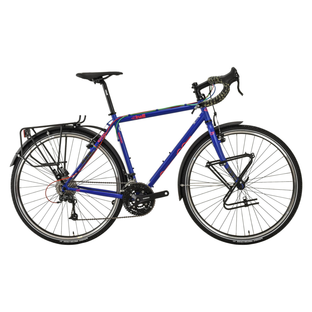 Montage d'un vélo voyage sur base vieux vtt 15470510