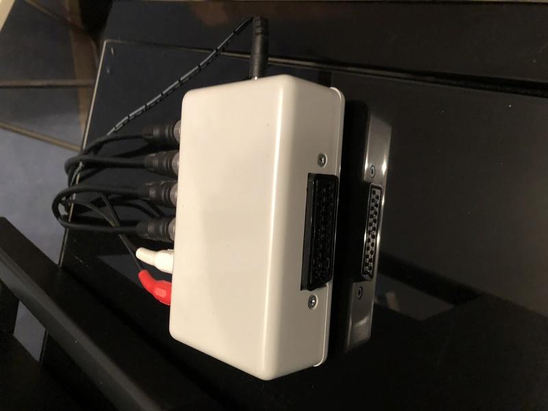 Câble rgb AES pour PVM  A9ffc410