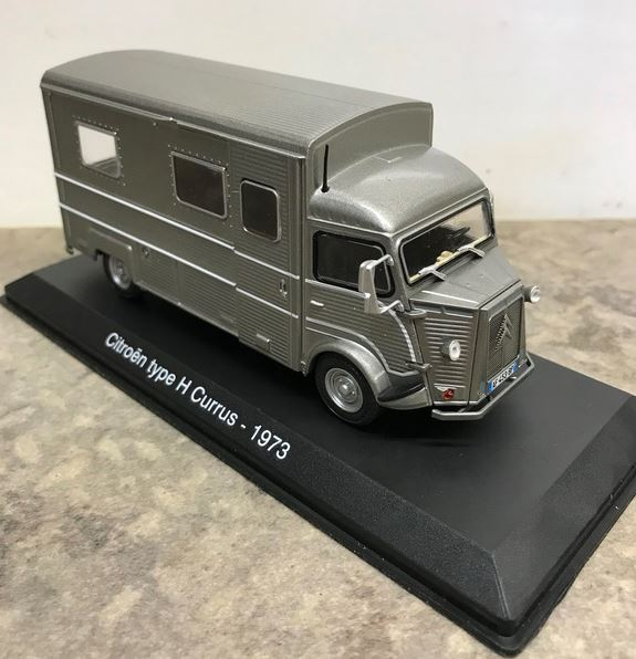 """nouvelle collection Hachette """"Passion Camping Cars"""" 1564"""