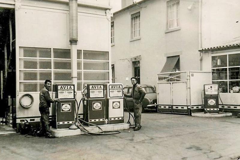 un petit Musée privé sur le thème des vieilles pompes à essence - Page 2 1921