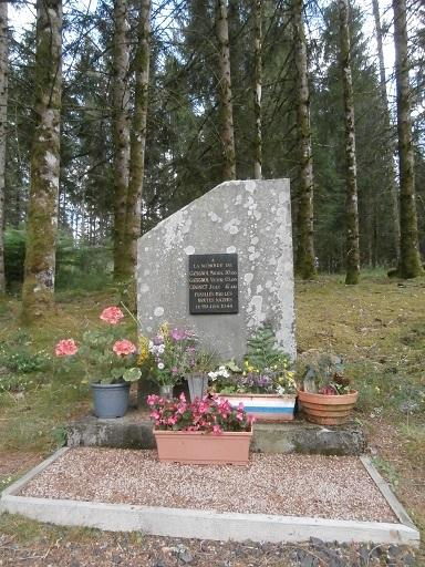 Michel et Victor Gatignol, fusillés le 29 juin 1944 (Cantal) St_don13