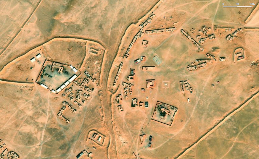 Bases et infrastructures Militaires des FAR / Moroccan Military Bases - Page 6 310