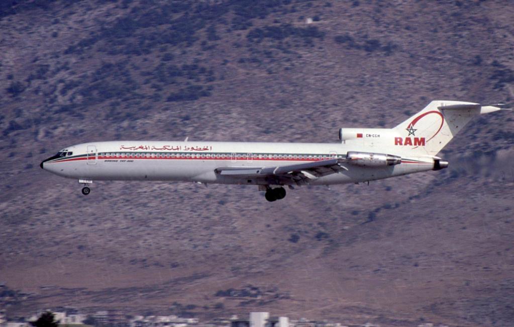 Anciens avions de la RAM - Page 2 Ccm210