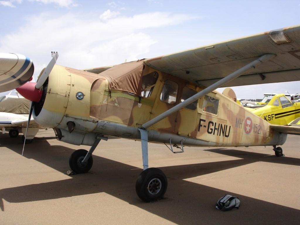 FRA: Photos anciens avions des FRA - Page 11 Nbo_fe10