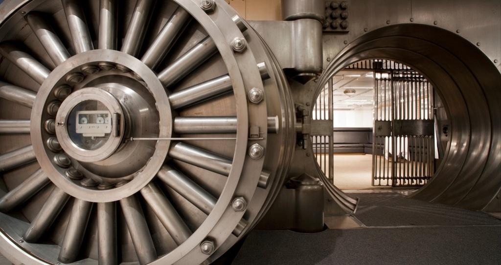 Eldridge Vault Merkbe10
