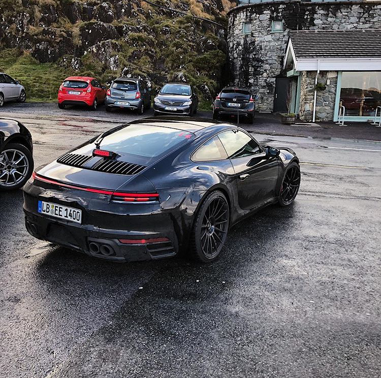 2018 - [Porsche] 911 - Page 9 00ca8a10