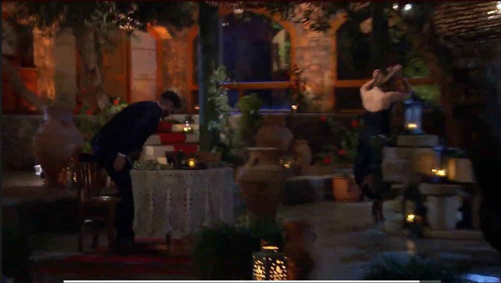 Bachelorette 15 - Hannah Brown - ScreenCaps - *Sleuthing Spoilers* -  - Page 76 100011