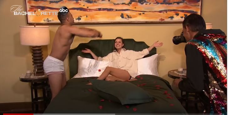 Bachelorette 17 - Katie Thurston - July 13 - NO Discussion - *Sleuthing Spoilers* A3011