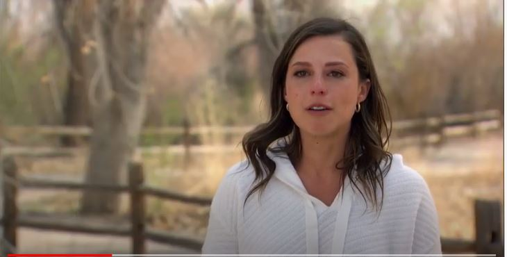 Bachelorette 17 - Katie Thurston - S/Caps - *Sleuthing Spoilers* - Page 33 C410