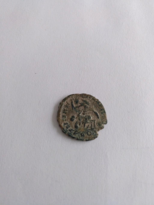 AE3 de Constancio II. FEL TEMP - REPARATIO. Soldado romano alanceando a jinete caído. Roma Img_2026
