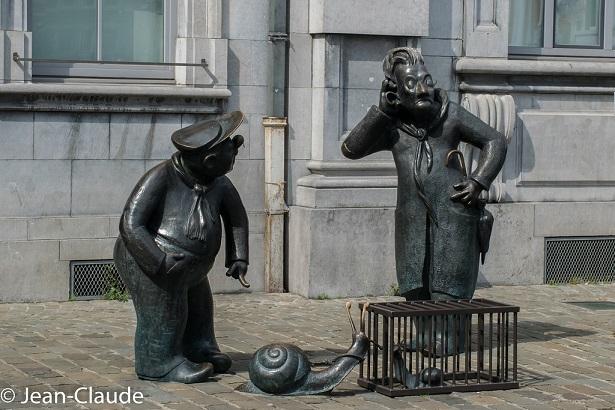 [Jeu] Association d'images - Page 19 Namur11