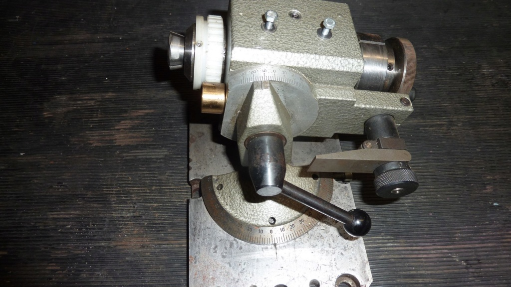 Affûteuse outils de tour a métaux P1120723
