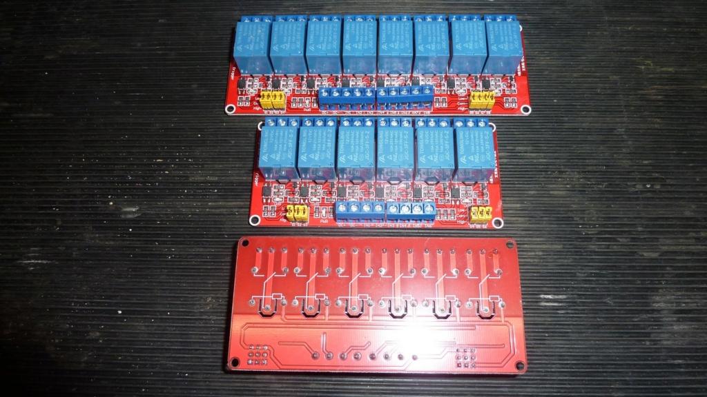 Platines relais P1140510