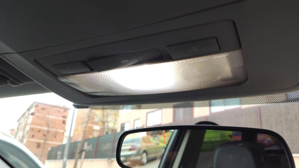 Cambio de bombillas W5W interiores por led Img_2016