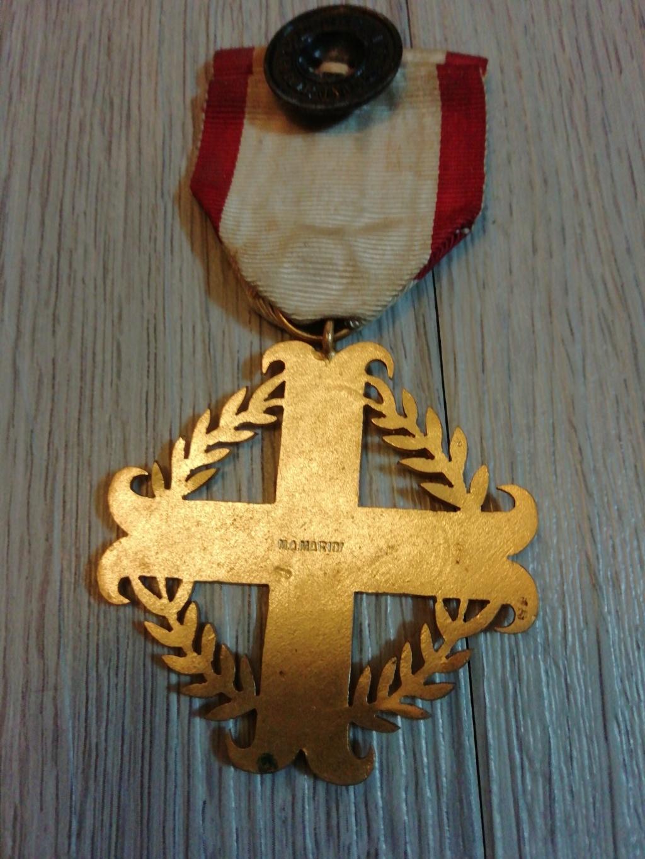 Identification medaille  15776111